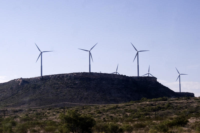 Texas touts its wind power production, but a new report suggests that the state doesn't utilize that energy, with around 10 percent of the energy on the grid coming from wind turbines.