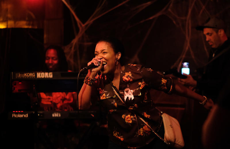 "Every Wednesday, Dozen Street Bar hosts a ""vibe night,"" where the house band plays behind MCs, poets and singers in an open-mic forum."