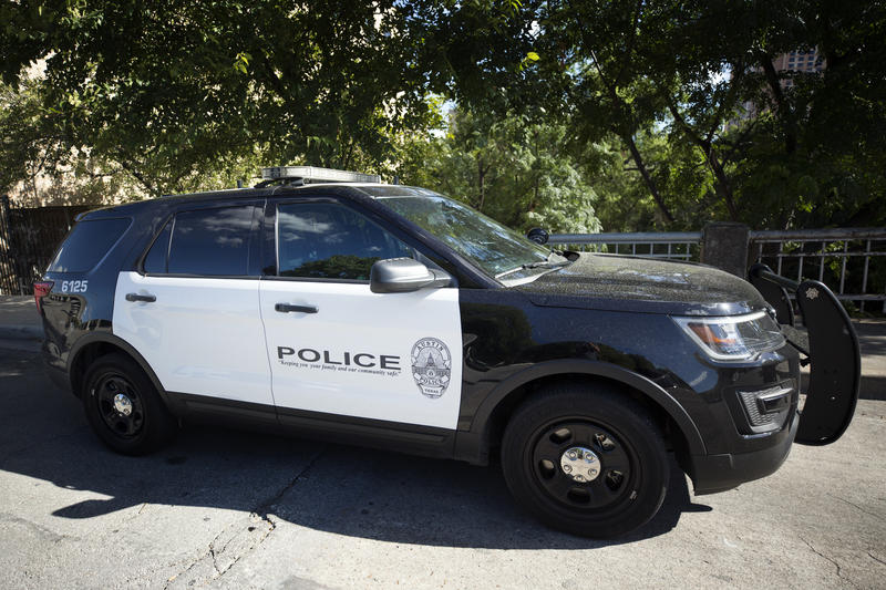 Ford Explorer Carbon Monoxide >> Austin Police Officers Say Their SUVs Are Making Them Sick ...