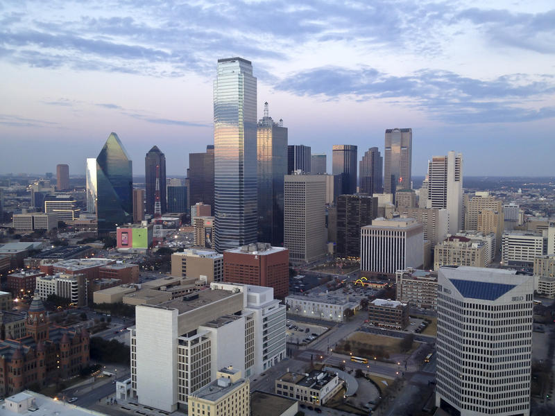 Many Mexican voters live in Texas, including 50,000 in Dallas.