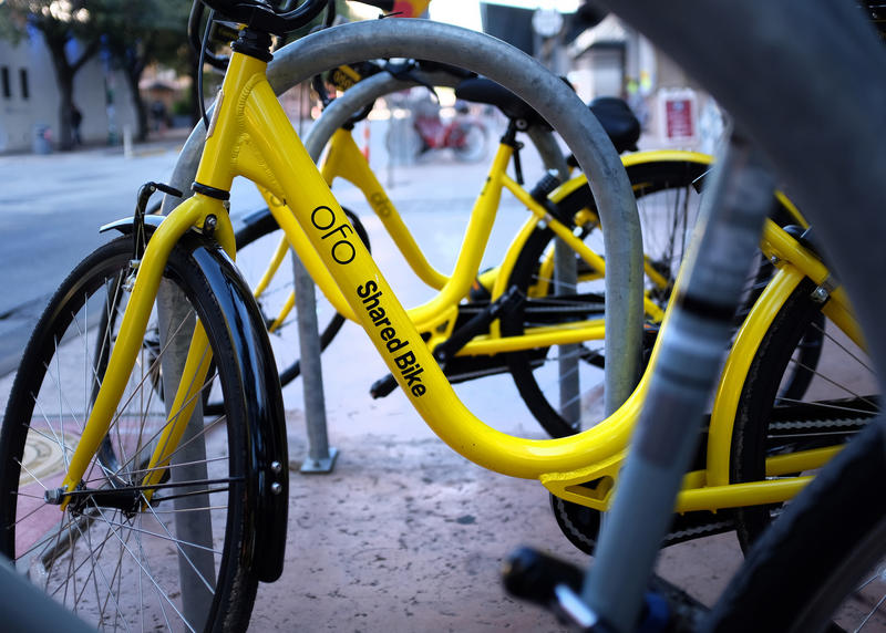 Ofo attempted to debut its dockless bike-sharing network at SXSW 2017, only to have its bikes impounded. Now the city's eyeing a pilot program to bring the bikes to Austin.