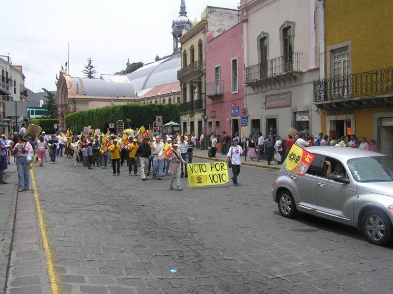 Supporters of Andrés Manuel López Obrador marching in Guanajuato, Guanajuato, México