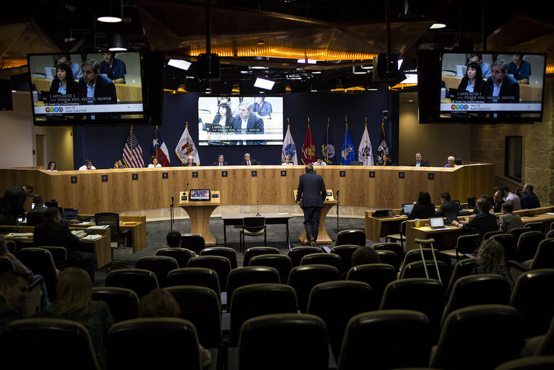 A man testifies during a late-night session of Austin City Council in April 2017.
