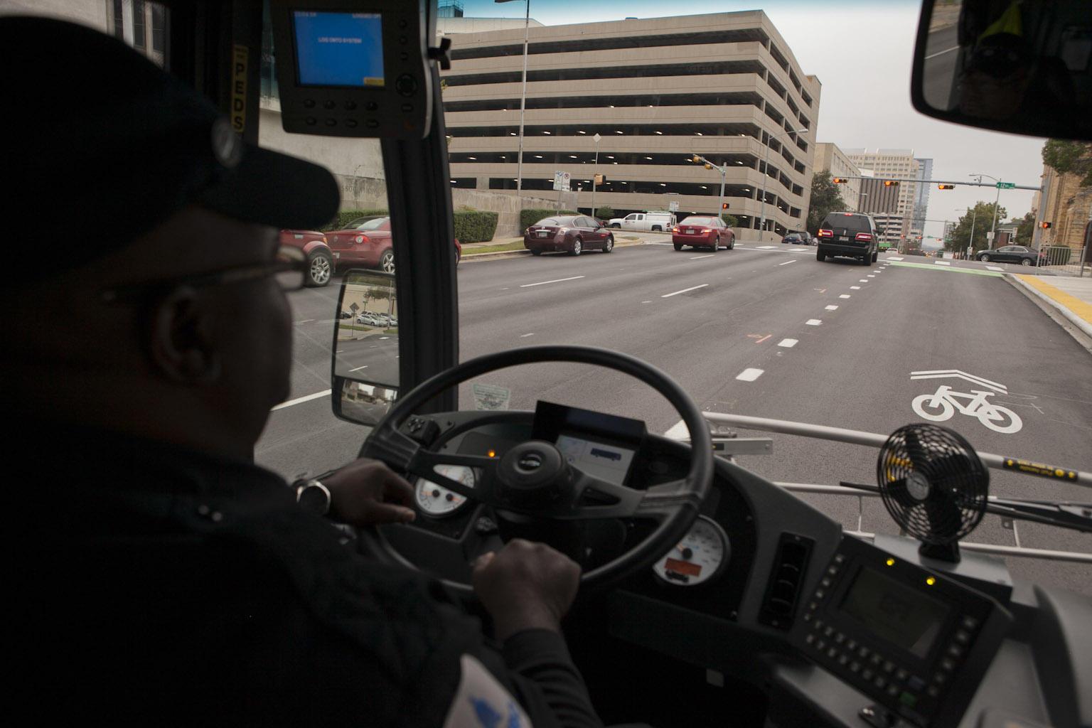 Photos Riding Inside Capital Metro S New Metrorapid Bus Kut