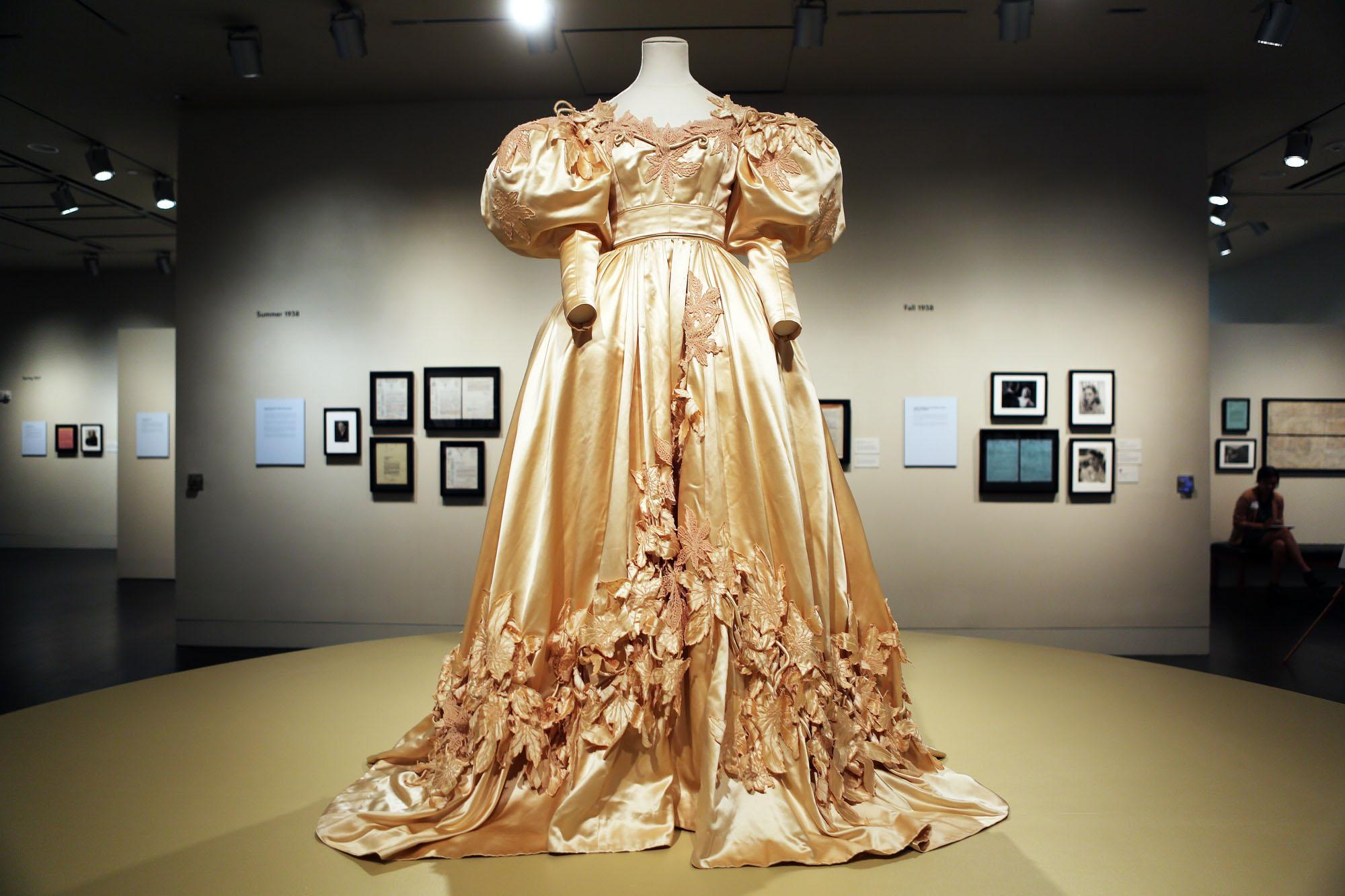 Take a Look at the Largest Collection of \'Gone With The Wind ...