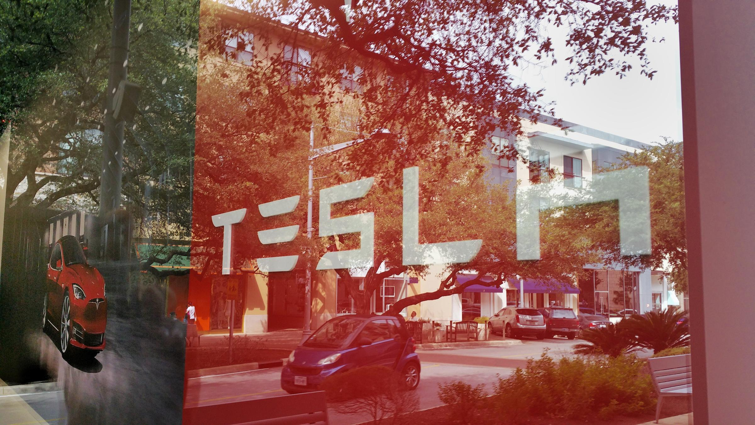 tesla tries to change how you can buy a car in texas again kut