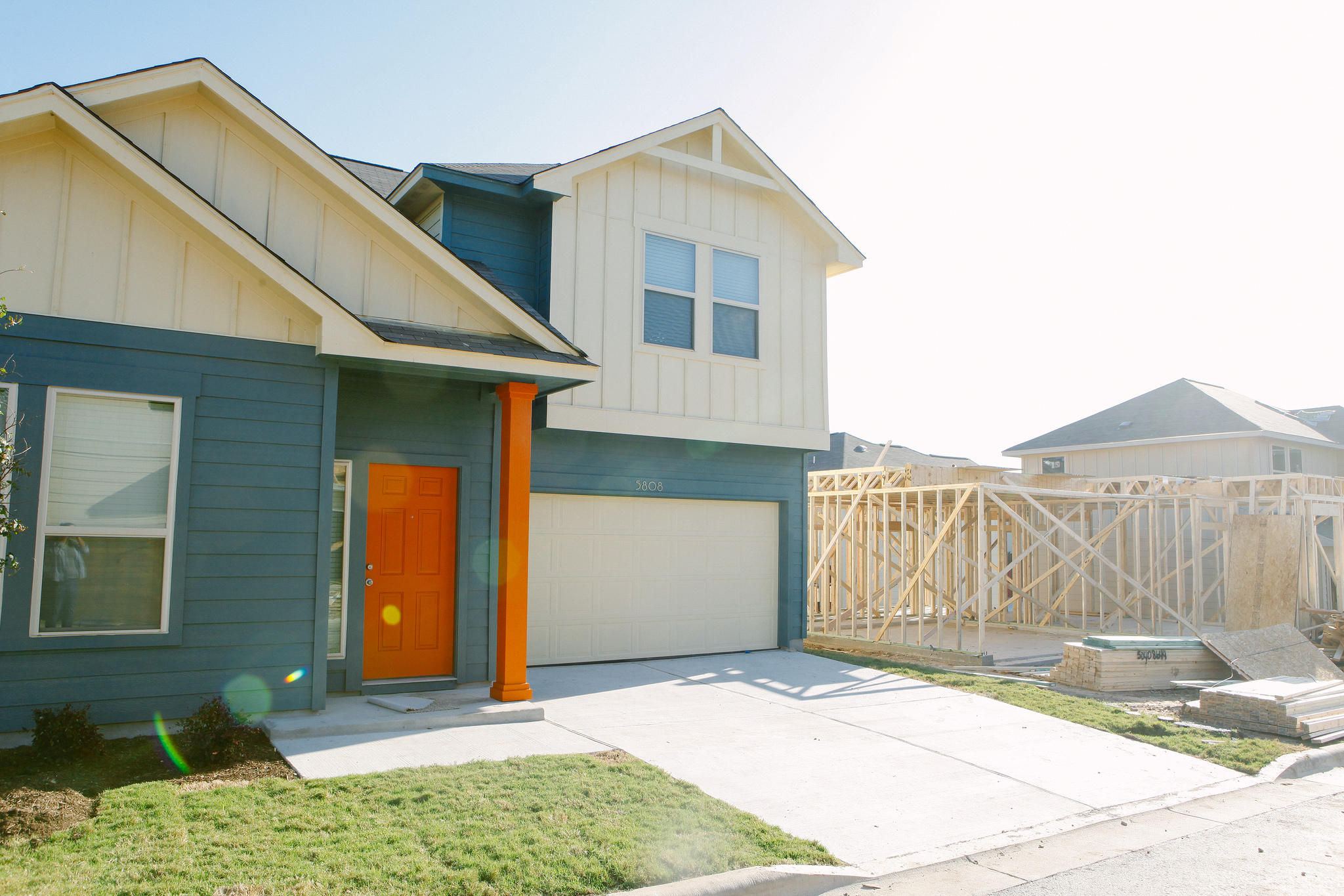 Cost to build a new house in austin - Ilana Panich Linsman For Kut