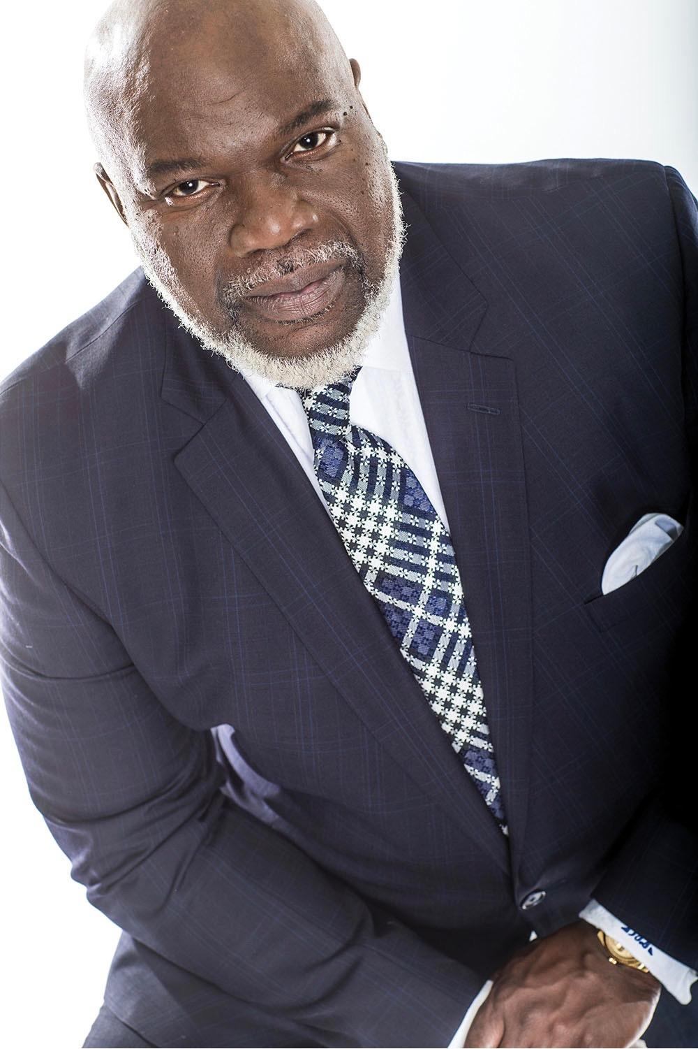 Black Book Car >> Soar! With Bishop T.D. Jakes | KUT