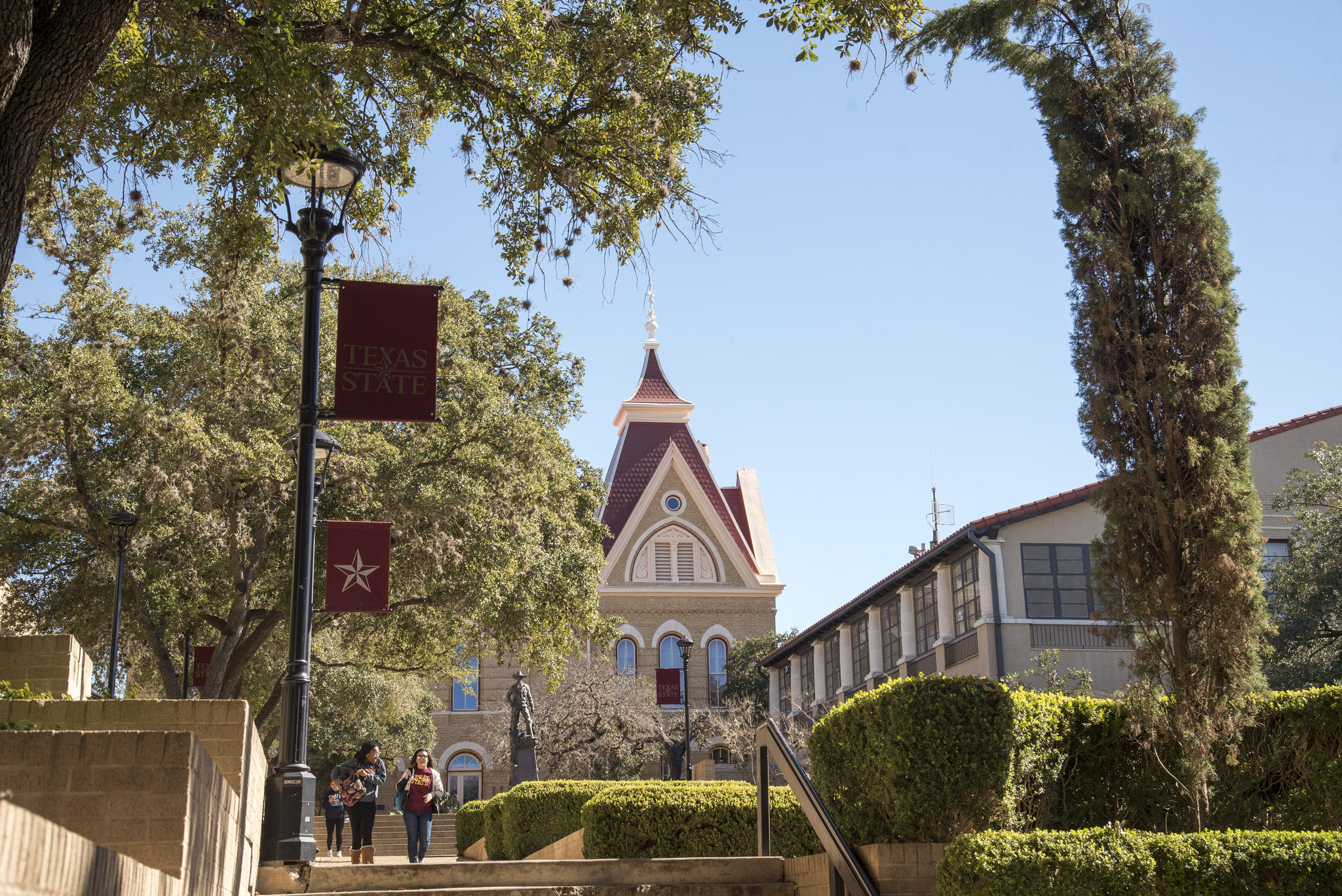 texas state seeks to diffuse tension after a year of racial