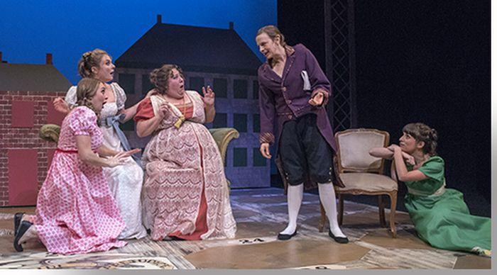 (L to R) Adeline Mann as Lydia, Anastasia Davidson as Jane, Leslie O'Carroll as Mrs. Bennet, Lindsey Pierce as Mr. Bennet, and Candance Joice as Lizzy