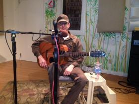 Bill O'Brien plays some original tunes on Talkin Music