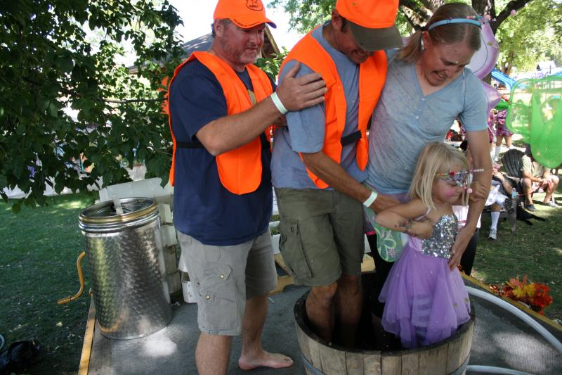 Mountain Harvest Festival, Grape Stomp