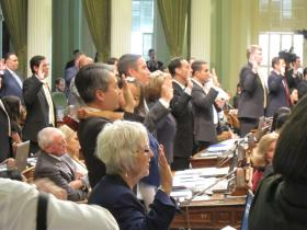 Lawmakers take the oath of office at the capitol building in late 2012. (file photo)