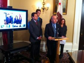 Senate President pro Tem Darrell Steinberg (D-Sacramento) discusses his online college course legislation with reporters at a Capitol news conference Wednesday.  The event was streamed as a video conference via Google hangout.