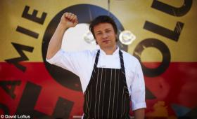 Jamie Oliver's big rig teaching kitchen will travel through the San Joaquin Valley.