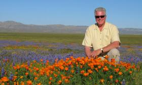 Huell Howser, in a promotional image from his California's Gold tv series.