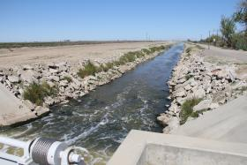 The San Luis Canal carries water to farms and wildlife areas near Los Banos (file photo)