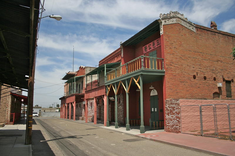 Hanford's China Alley sits deserted