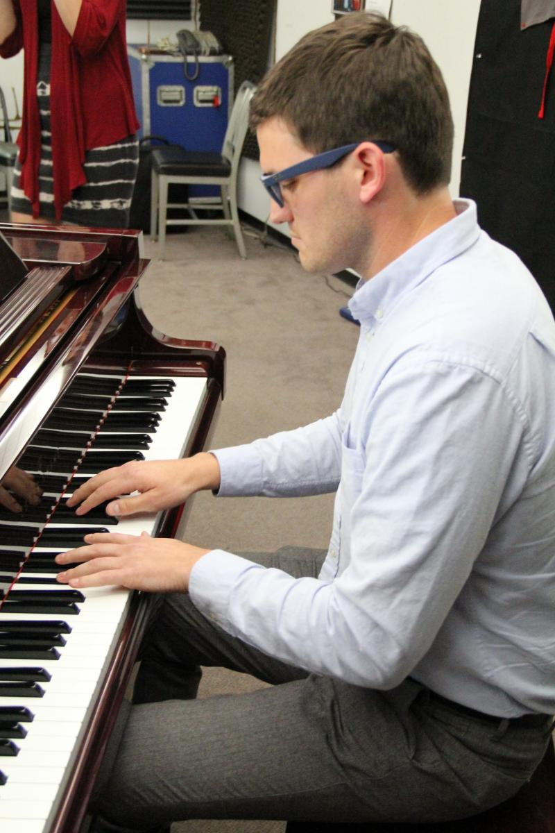 Composer and pianist Joseph del Giorgio performs on FM89's Young Artists Spotlight
