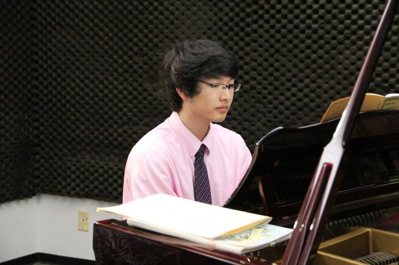 Pianist Brian Liu performed on FM89's Young Artists Spotlight