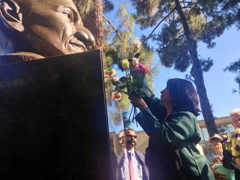 Indian Ambassador to the U.S. Nirupama Rao visited Fresno State's memorial garden on her tour of the region.