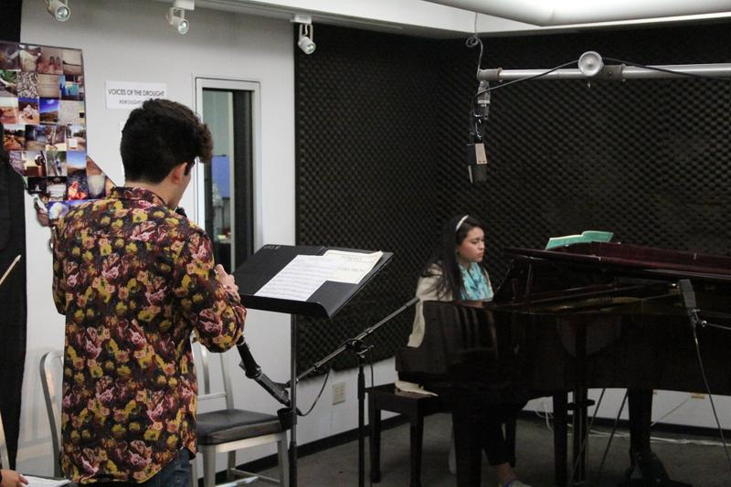 Sebastian Pereschica, oboe, and Lynette Zamora, piano