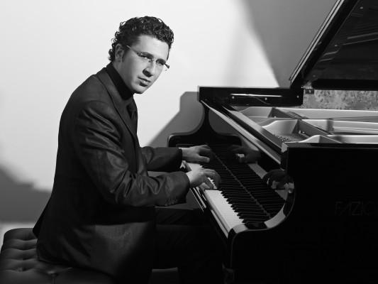 Pianist Giuseppe Andaloro