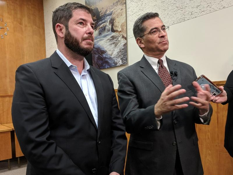 Fresno Assemblymember Joaquin Arambula, left, moderated a roundtable discussion in Fresno between Attorney General Xavier Becerra and Valley officials.