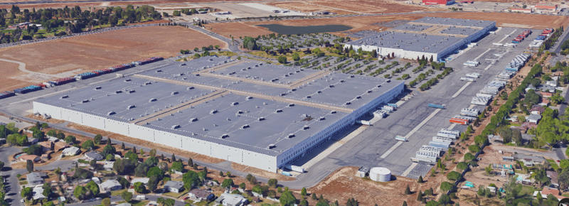 An aerial view of the two buildings currently occupied by Gap Inc at the Fresno Yosemite International Airport