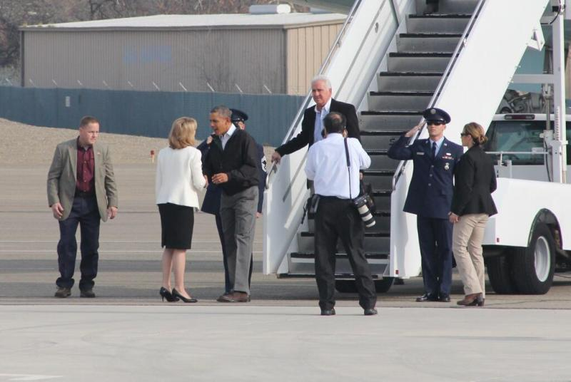 President Obama talks with Fresno Mayor Ashley Swearengin