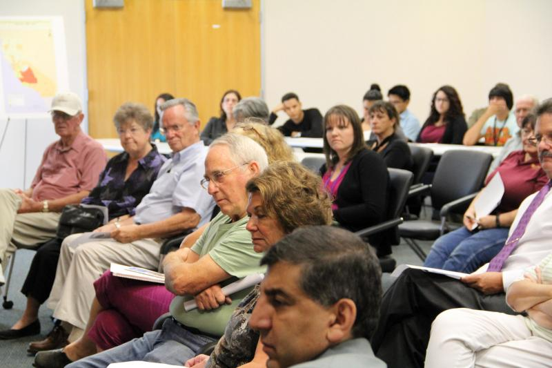 Around 40 people attended a town hall meeting about valley fever in Bakersfield on Friday October 5, 2012.