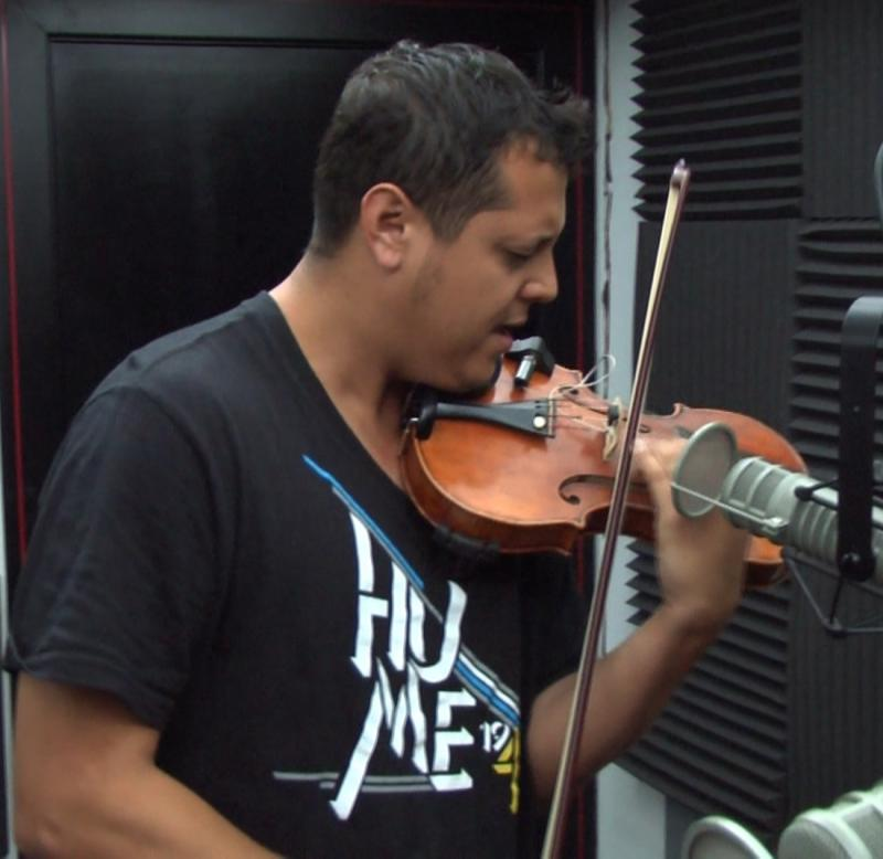 Violinist Patrick Contreras in-studio at Valley Public Radio