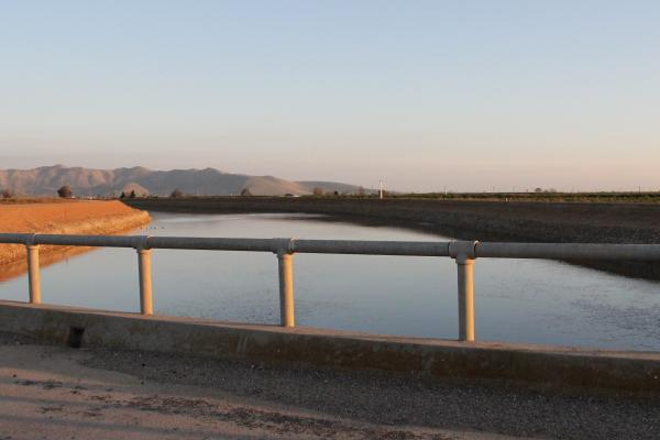 The Friant-Kern Canal delivers water to growers and cities on the eastern side of the San Joaquin Valley. (file photo)