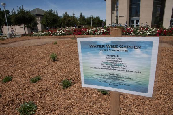 A new demonstration garden promotes water conservation on the Fresno State campus.