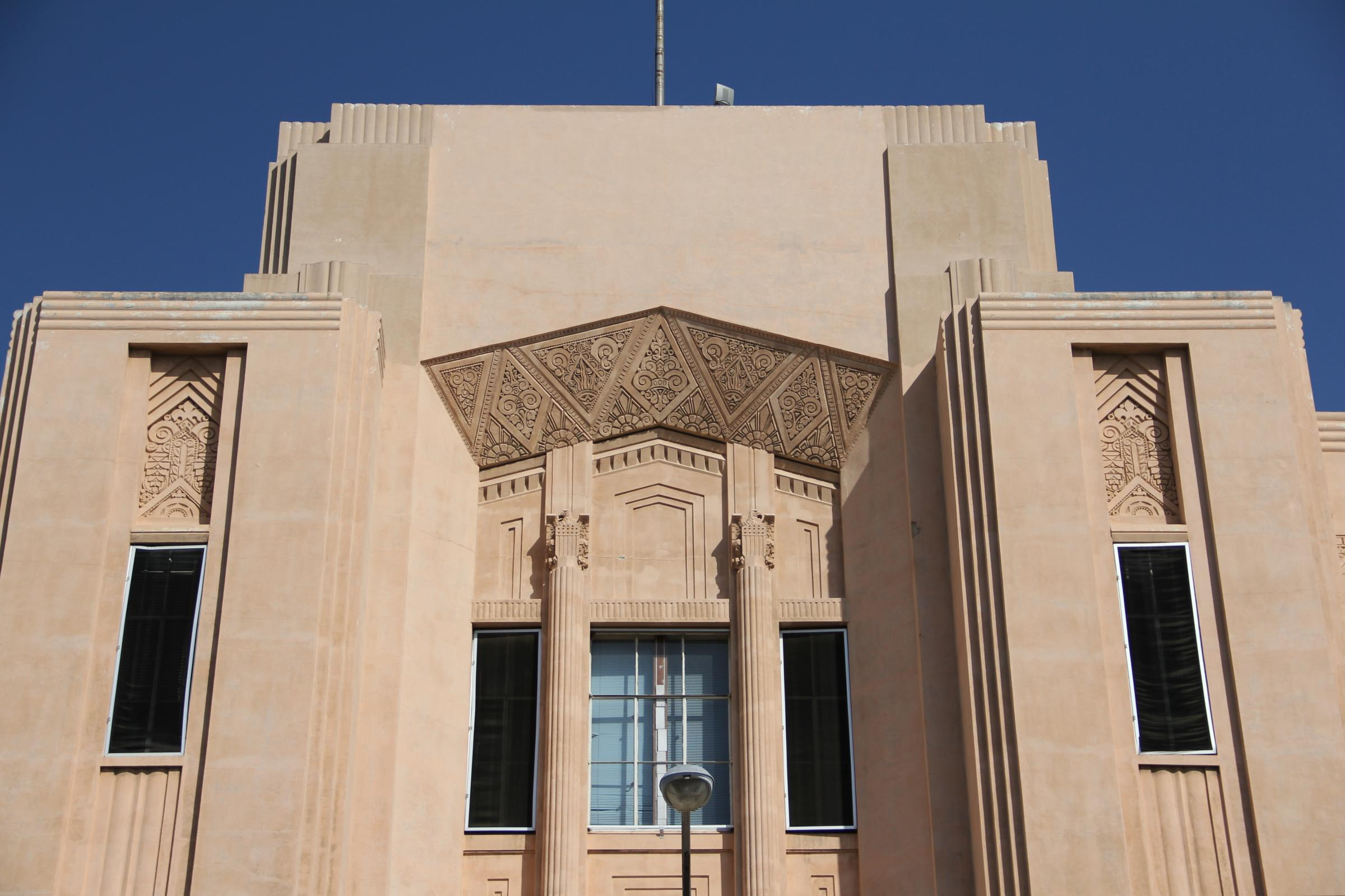 Photos art deco architecture in the san joaquin valley for Art deco building materials