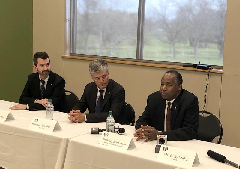 HUD Secretary Ben Carson with Waco Mayor Kyle Deaver and Councilman John Kinnaird at the Dewey Community Center for a roundtable.