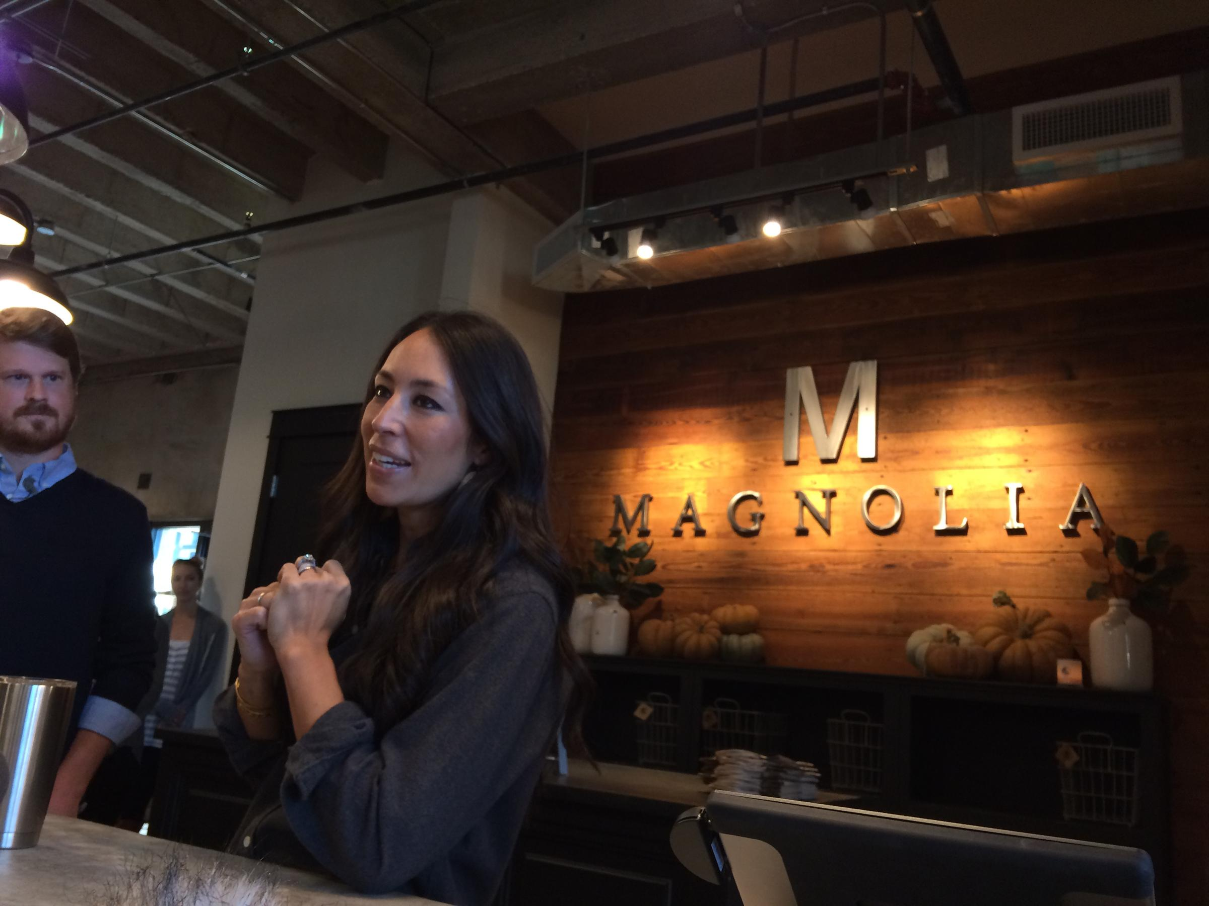 Magnolia market opens to fanfare vistors from across for Chip and joanna gaines meet and greet