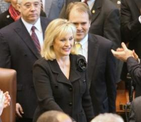 Governor Fallin walks into the House Chamber in 2012