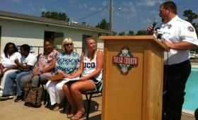 EMSA gives Everyday Hero Award to lifeguard Lindsey Schwager