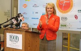 Governor Fallin at the OKC Food bank.