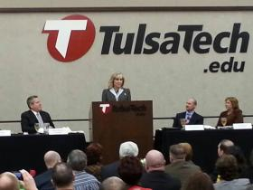 Governor Fallin speaks to the Owasso Chamber of Commerce luncheon.
