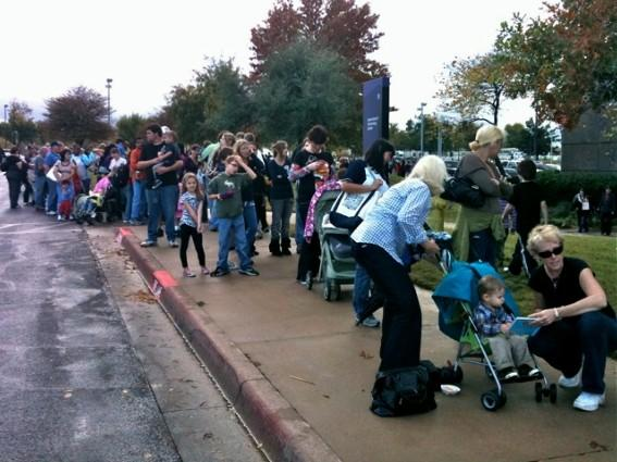 People line up at the TCC North East Campus to get free H1N1 flu shots.