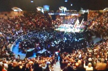 Thousands fill the ORU Mabee Center for the memorial service for Rev. Billy Joe Daugherty.