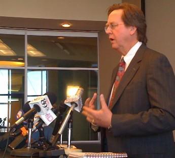 Mayor Bartlett address reporters at City Hall