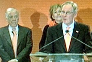 With billionaire Boone Pickens looking on, OSU President Burns Hargis makes the announcement.
