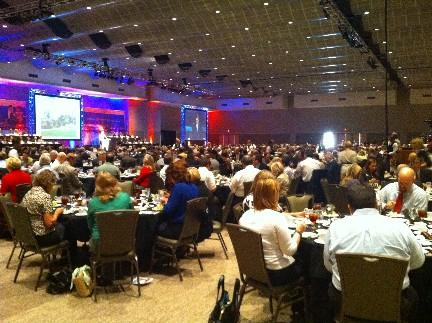 Over 800 people gather to hear Mayor's State of the City Address.