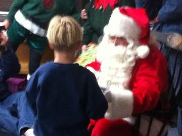 Santa visits students at Bryant Elementary