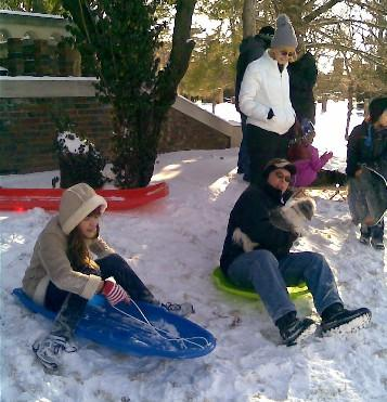 Tulsans play in the snow