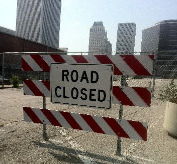 The road closed sign on the Archer side of the old demolished Boulder bridge.