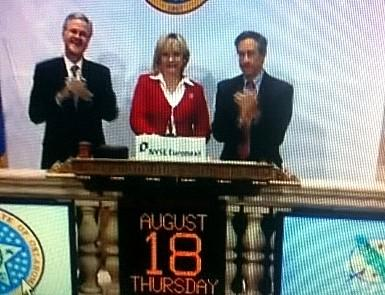 Governor Fallin rings the opening bell.